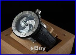 Invicta Men Sea Hunter Sw200 Automatic Black Mop White Mosaic Dial Watch-RARE